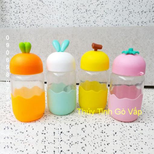 Bình thủy tinh đựng nước hình củ cải 350ml dễ thương cho các bé tại Thủy Tinh Gò Vấp