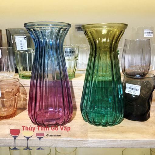 bình hoa thủy tinh tay bèo 2 màu ở thủy tinh gò vấp